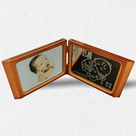 BOOK型木製フォトフレーム(ベビー)