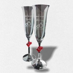 pair-heart-champagne-glass